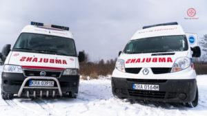 Transport medyczny za pomocą profesjonalnie wyposażonych karetek